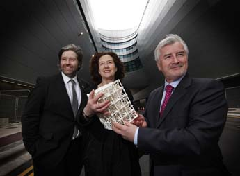 L-R Stuart McLaughlin, Chief Executive Business to Arts, Sculptor Nuala O'Donovan and Declan Collier, Chief Executive of the DAA