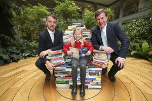 Andrew Hetherington, Chief Executive of Business to Arts and Julian Yarr, Managing Partner at A&L Goodbody with pupil Cerys Duff (age 7) from St. Joseph's Co Ed Primary School, Dublin 3.