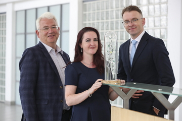 Mayo based artist Emma Bourke, Vincent Harrison, Managing Director, Dublin Airport and Andrew Hetherington, Chief Executive, Business to Arts unveil 'Symbiotic', this years limited edition awards sculpture commissioned by daa for the 28th year. Picture Conor McCabe Photography.